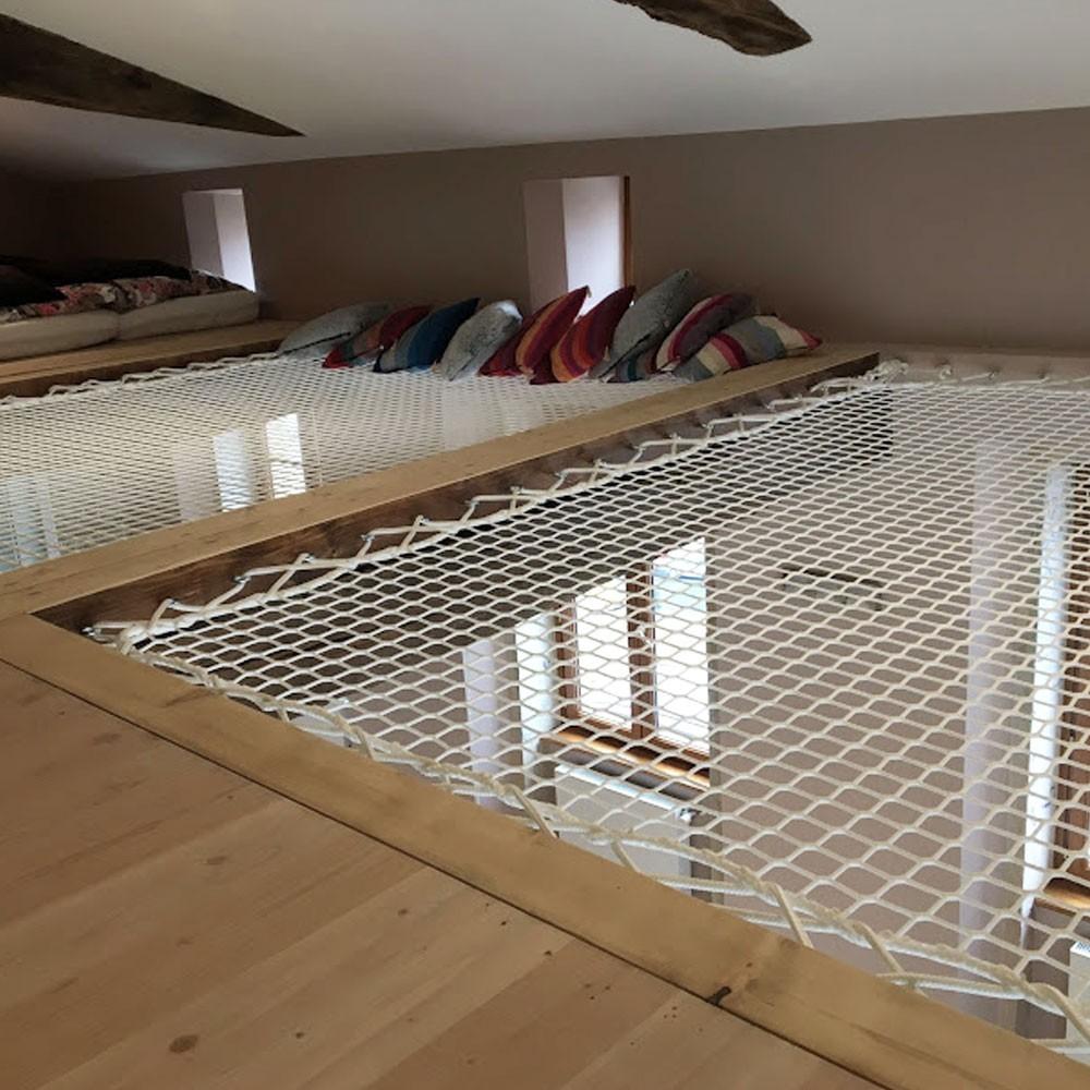 Hammock floor - an original relaxation