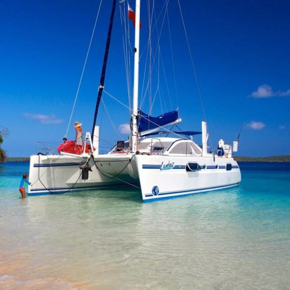 Trampoline net for CATANA 431 catamaran