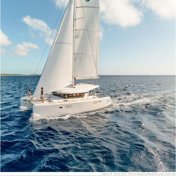 Trampoline for Lagoon 39 catamaran