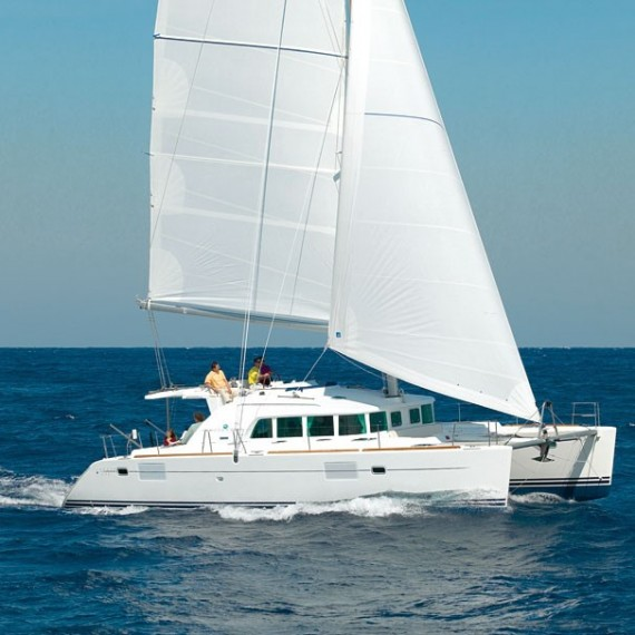 Trampoline for Lagoon 440 catamaran
