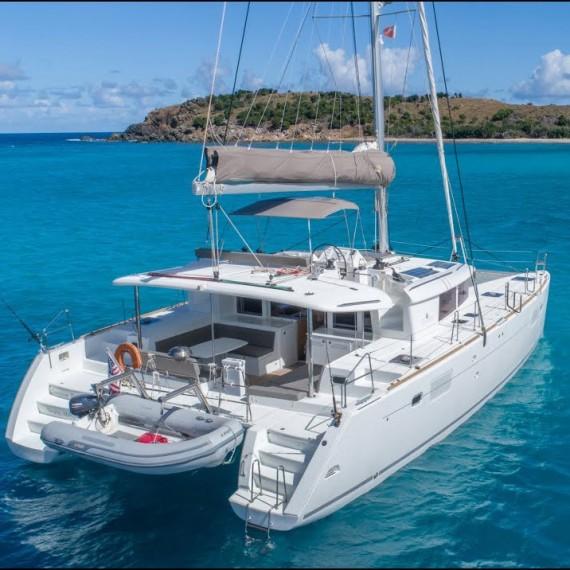 Trampoline for Lagoon 450 catamaran