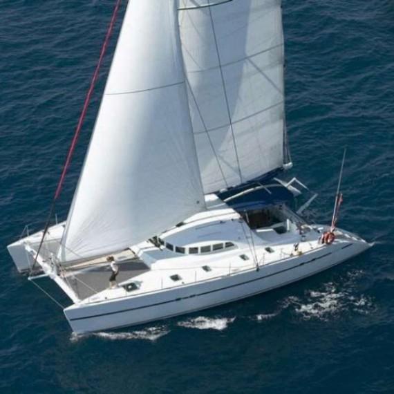 Trampoline for Lagoon 470 catamaran