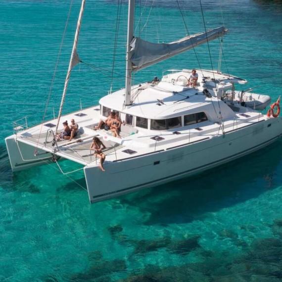Trampoline for Lagoon 500 catamaran