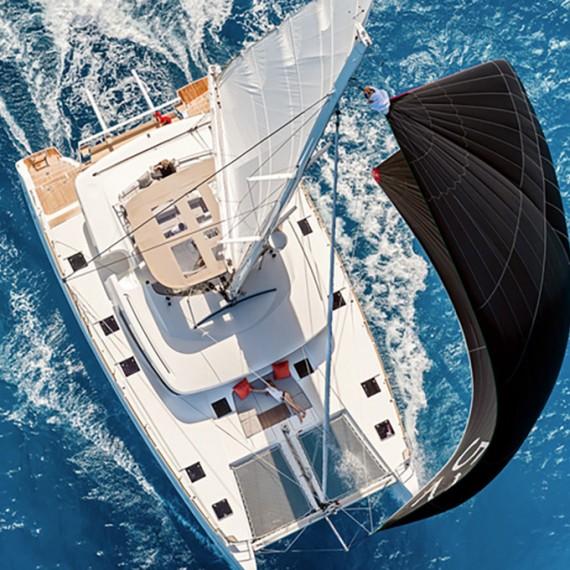 Trampoline net for Lagoon 52 catamaran