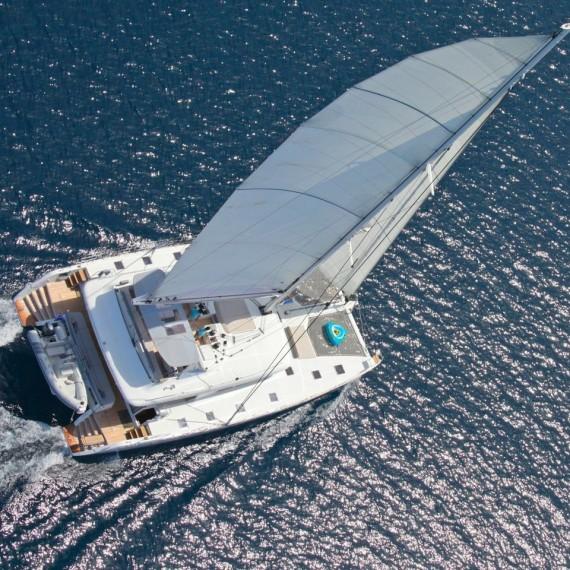 Trampoline net for Lagoon 620 catamaran