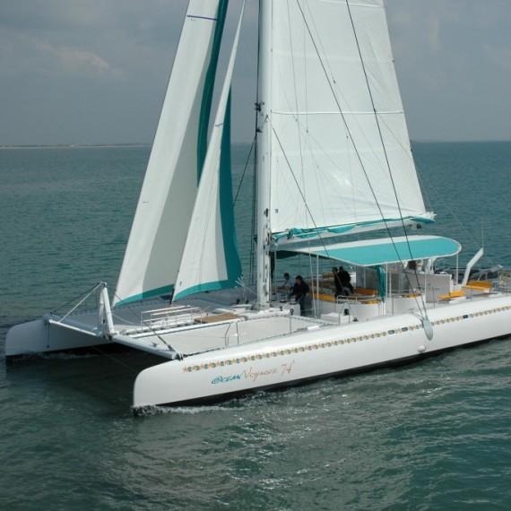 Trampoline for Ocean Voyager 74 catamaran