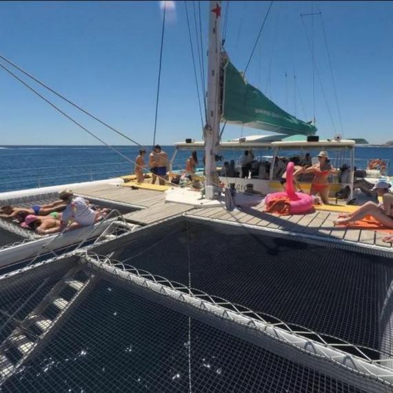 Katamaran-Trampolin für Tahiti 60