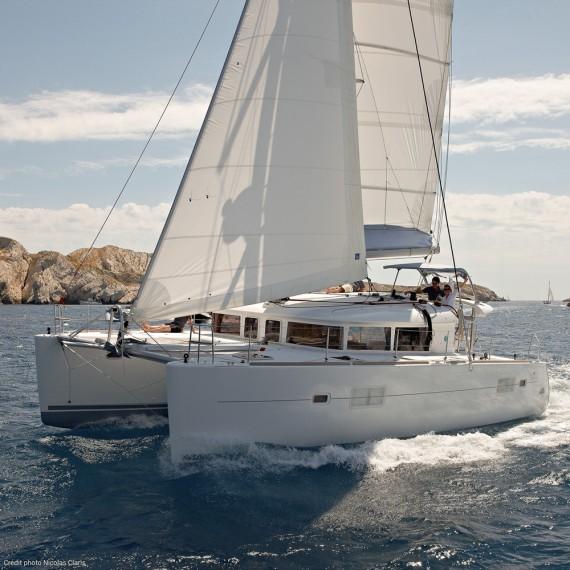 Trampoline for Lagoon 400 catamaran