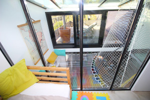 Catamaran net tailor-made for the home