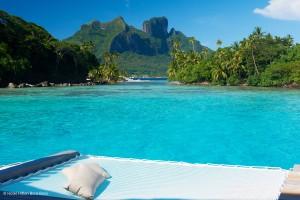 Hôtel Hilton Bora Bora – SunBed au bord de l'océan