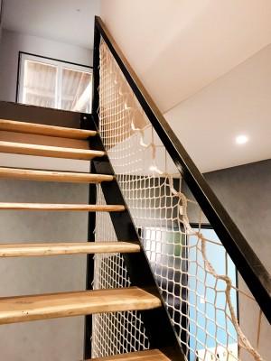 Le garde-corps qui convient à tous les escaliers