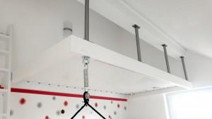 Système d'accoche au plafond