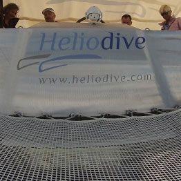 Fertigung nach Maβ für den Multirumpfbooten-Prototyp Héliodive