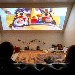 Installez un coin cinéma confortable avec un filet d'habitation