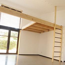 Rénovation d'une maison avec création d'une mezzanine avec filet de sécurité