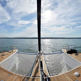 2 made to measure multihull trampolines