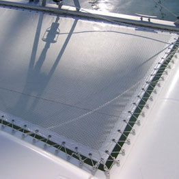 Technical canvas trampoline for made to measure multihull